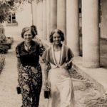 Zofia [z lewej] i Natalia na wakacjach, 1936 r. Archiwum rodzinne